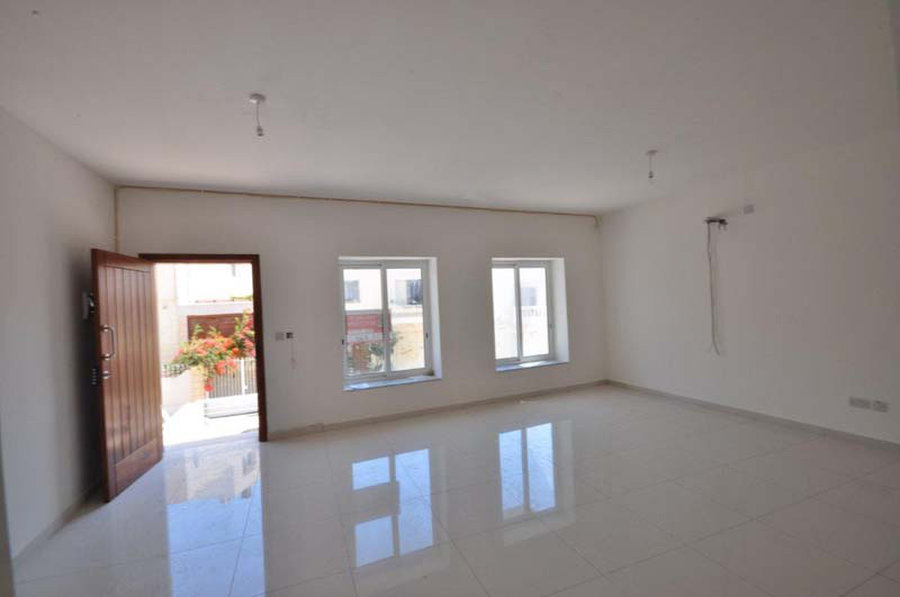 3 Bedroom Maisonette Swieqi 1 100 For Rent