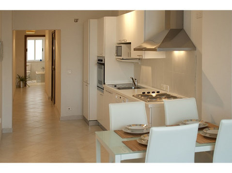 4 bedroom apartment - gzira - €1,200 - Wohnungen
