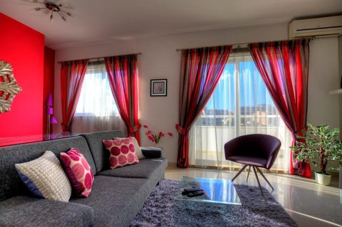 Accommodation in Malta (Sliema / Bugibba / Mosta / Zejtun) - Apartments