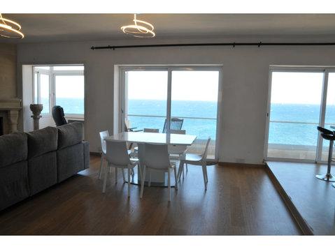 Sliema - Top Floor Seafront Apartment - Apartments