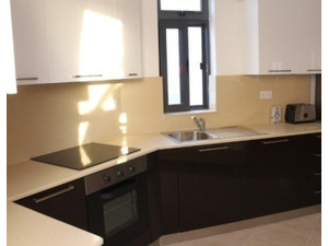 DIRECT FROM OWNER: Designer finish Studio Flat in Naxxar - Apartments