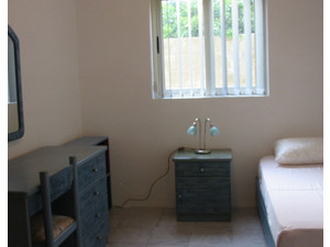 Attard Central Location - Room with Single Bed - e35/nt - Holiday Rentals