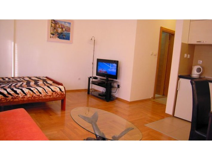 Rent an apartment in Podgorica, Rent a flat for a day, week - Alquiler Vacaciones