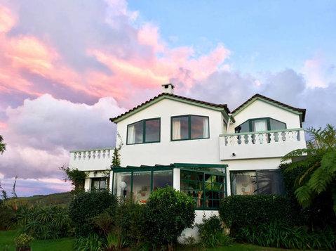 AZOREN - São Miguel: Verschiedene Zimmer in Gästehaus - WGs/Zimmer