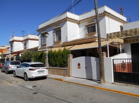 Apartment For Vacations In Chipiona, Spain (costa De La Luz) - Byty