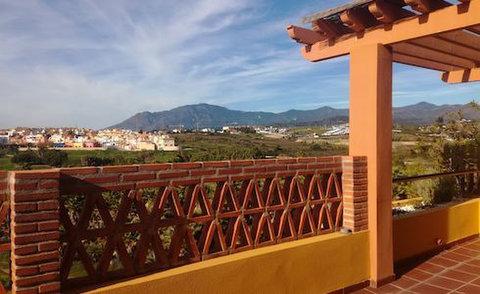 Calle del Lago, Estepona : 1584390 - Houses