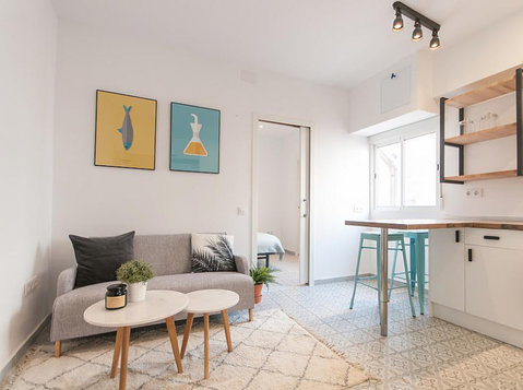 Gorgeous 1 Bedroom Apartment, Sant Antoni - Apartments