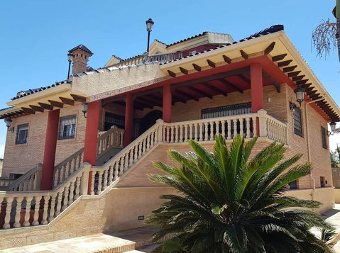 RENTED  6 bed villa in Molins, Orihuela - Domy