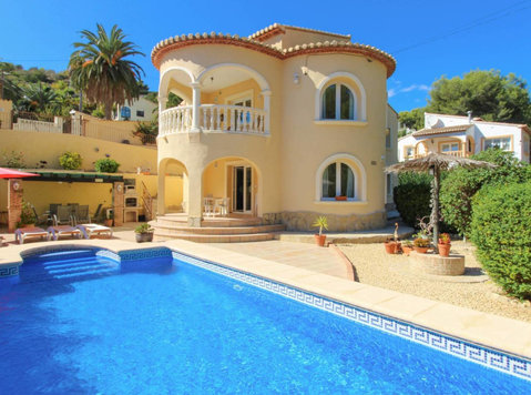 Villa for sale in Montemar Benissa Spain - Hus