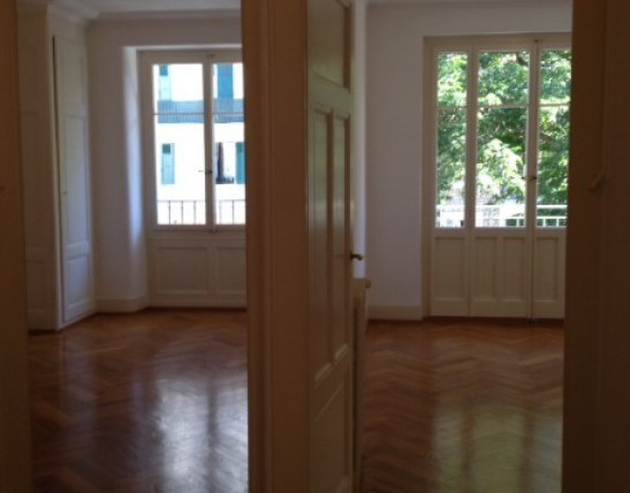 10 min walk from station and UN: For Rent: Apartments in ...