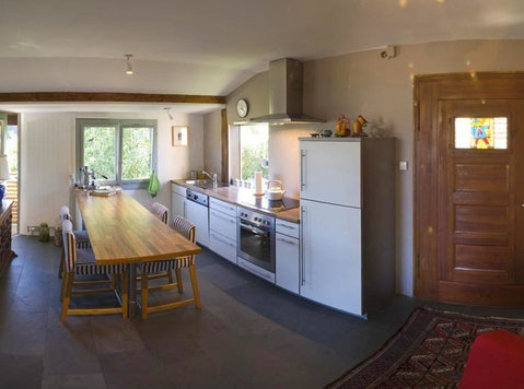 (103) Furnished 2BR flat in Dully in a Chalet **** - Appartamenti