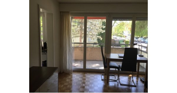 Very affordable flat with big balcony in the centre!: For ...