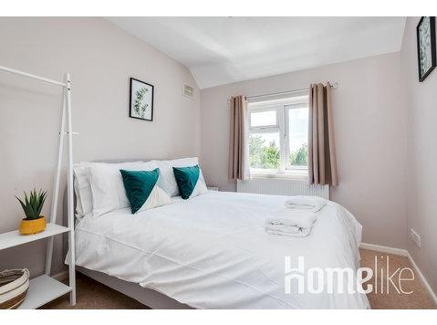 The Oxford Abode - 3-Bedroom House - large garden - Lejligheder