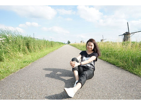 Intérprete,traductor chino español Guangzhou,Shenzhen China - นักแปล