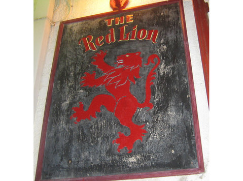 Bar staff wanted The Red Lion bar Rhodes town - Darbs bārā