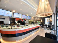 Sushi Chef for modern Japanese Sushi outlets in Malta (1) - 요식업