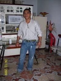 RICARDO QUIÑONEZ