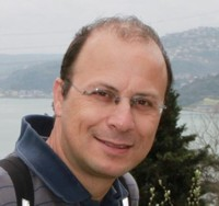 Manolis Lyris