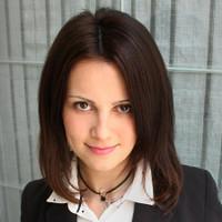 Adrienn Bakos